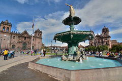 Fontaine de statue de Pachacuti Plaza de Armas Cusco peru Photo stock