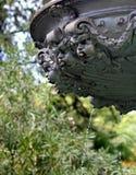 Fontaine de style de Grec classique avec des visages des anges Photo libre de droits