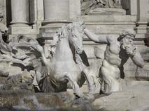 Fontaine de TREVI, Rome, Italie images libres de droits