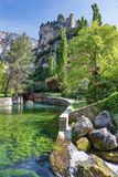 `-Fontaine de Vaucluse ` - Provence - Frankrike arkivfoto