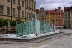 Fontaine de Wroclaw sur la place principale image stock