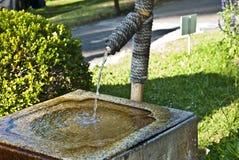 Fontaine en bambou Image libre de droits