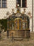 Fontaine en pierre, point de repère Images stock