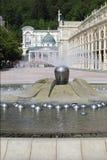 Fontaine et vestibule dans la station thermale de marianske Photos libres de droits