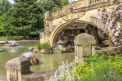 Fontaine Grottes auxiliar, Metz, Lorena, França fotos de stock