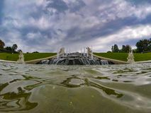 Fontaine historique dans une des villes les plus belles au monde Vienne Autriche images stock