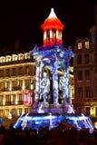 Fontaine légère - festival Lyon 2010 de lumières Image libre de droits