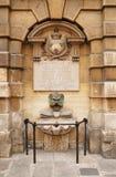 Fontaine parisienne Photos libres de droits