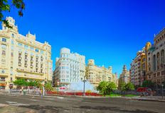 Fontaine sur la plaza de modernisme de la ville hôtel de Valence, ville h photo libre de droits
