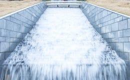 Fontaine sur le parc Photo libre de droits