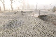 Fontaine vide à l'automne dans Tychy Pologne Photographie stock