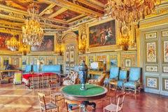 FONTAINEBLEAU FRANKRIKE - JULI 09, 2016: Fontainebleau slott int Arkivbild