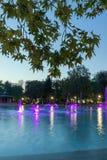 Fontaines de chant de vue de coucher du soleil dans la ville de Plovdiv Photographie stock libre de droits