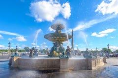 Fontaines de la Concorde och Luxor obelisk Royaltyfri Foto