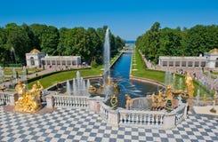 Fontaines de Petergof, St Petersburg, Russie Photo stock