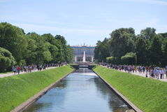 Fontaines de Peterhof images stock