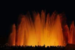 Fontaines musicales en Espagne Fontaines colorées images stock