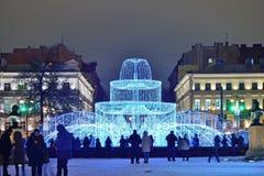 Fontana accesa nell'allineamento dell'inverno n della via di Gorokhovaya Fotografie Stock
