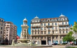 Fontana al DES Jacobins del posto a Lione, Francia immagine stock libera da diritti