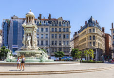 Fontana al posto di Jacobin a Lione, Francia fotografia stock libera da diritti