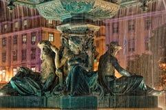 Fontana al quadrato di Rossio a Lisbona Fotografia Stock Libera da Diritti