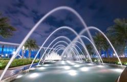 Fontana alla notte Fotografia Stock