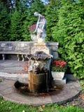 Fontana antica nel giardino botanico di NJ Fotografia Stock Libera da Diritti