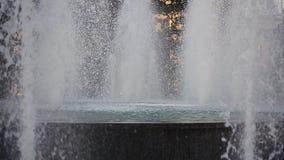 Fontana in città stock footage