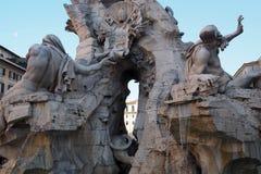 Fontana-dei Quattro Fiumi in Navona-Quadrat in Rom, Italien lizenzfreie stockfotos
