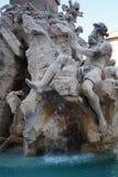 Fontana-dei Quattro Fiumi in Navona-Quadrat in Rom, Italien stockbilder