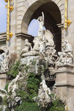 Fontana del lago del parco di ciudadela di Barcellona con la quadriga dorata di aurora Fotografia Stock