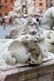 Fontana del Moro & x28; Hed Fountain& x29; i piazza Navona rome arkivbilder