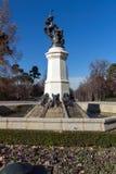 Fontana dell'angelo caduto nel parco di Retiro in città di Madrid, Spagna Immagini Stock