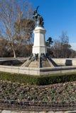 Fontana dell'angelo caduto nel parco di Retiro in città di Madrid, Spagna Immagine Stock Libera da Diritti