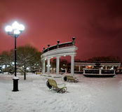 Fontana della città in inverno Immagine Stock