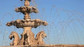 Fontana della statua dei cavalli in Spagna Fotografia Stock
