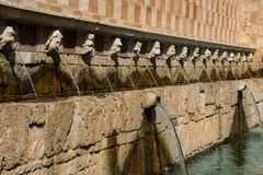 Fontana delle 99 Cannelle 免版税库存照片