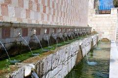 Fontana delle 99 Cannelle, L'Aquila, Italien Royaltyfri Bild