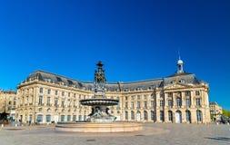 Fontana delle tre tolleranze sul posto de la Bourse in Bordeaux, Francia Immagine Stock