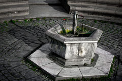 Fontana di acqua minerale Timisoara Fotografia Stock Libera da Diritti