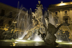 Fontana di Artemide by Night, Siracusa in Sicilia Royalty Free Stock Photo