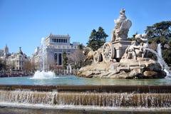 Fontana di Cibeles al quadrato di Cibeles e Gran tramite via Immagine Stock Libera da Diritti