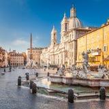 Fontana di Nettuno nel quadrato di Navona, Roma, Italia immagine stock