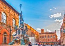 Fontana di Nettuno nella piazza Maggiore a Bologna, Italia Fotografia Stock Libera da Diritti