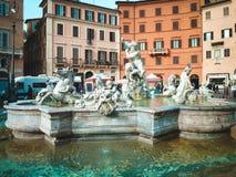 Fontana di Nettuno sulla piazza Navona a Roma, Italia Immagine Stock Libera da Diritti