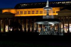 Fontana di Stuttgart e costituzione delle scorte fotografia stock