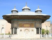 Fontana di Sultan Ahmet III a Costantinopoli Immagini Stock