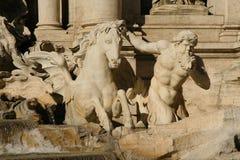 Fontana di Trevi在罗马,意大利 库存图片