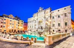 Fontana di Trevi在罗马,意大利 库存照片