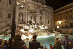 Fontana di Trevi, Rome la nuit Photo stock